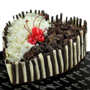 Double Delight Heart Gateau