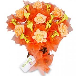 Peachy Toblerone Vase
