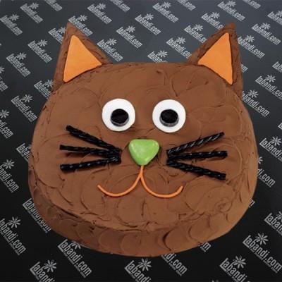 Naughty Cat Cake - 2.2lb (1Kg)