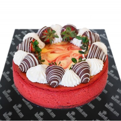 Strawberry  Roulade Cake