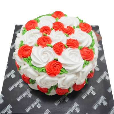Roses For You Day Cake