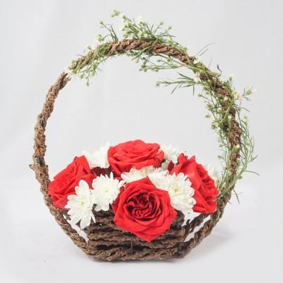 The Basket of Romance -...